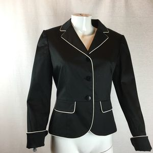 TAHARI Black W/White Trim Fitted Blazer